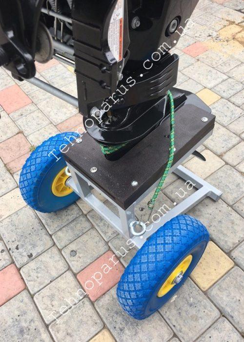 Тележка для мотора ТМ3 с пенополиуретановыми колесами (фото клиента)