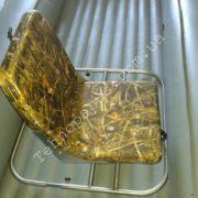Кресло в лодке с надувным дном низкого давления