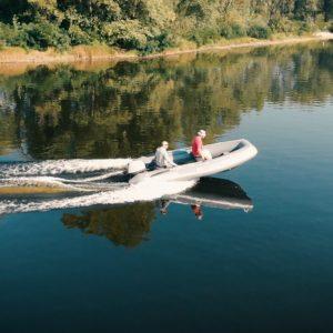 RIB boat dokker